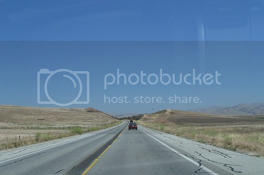 http://i445.photobucket.com/albums/qq178/OnTheRoadWithChinook/File%2055%20PacGrove%20-%20CasaDFruta/CA17B03.jpg
